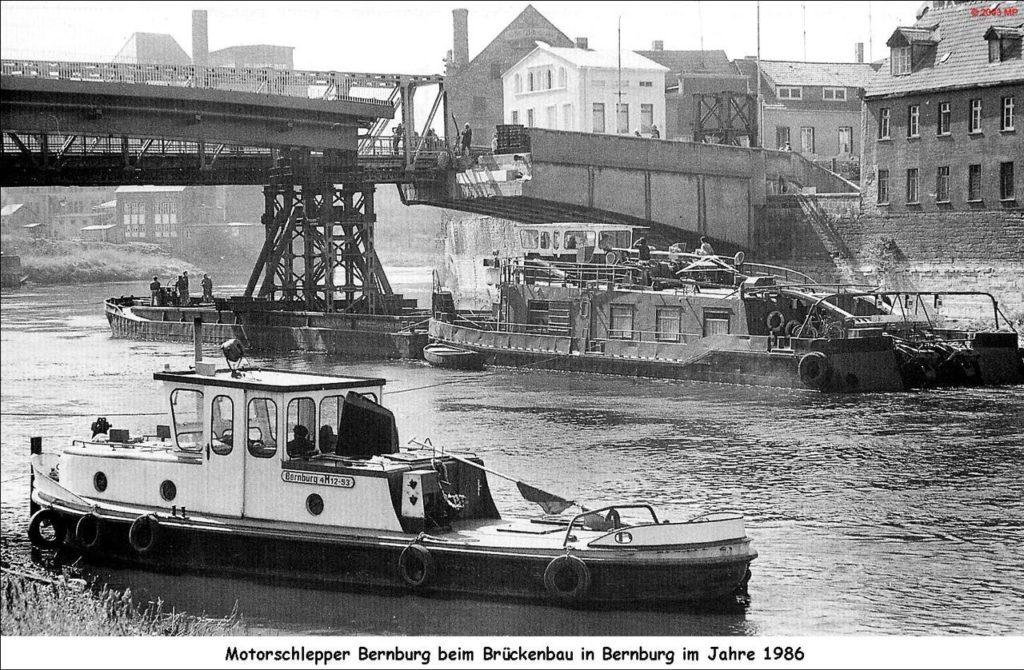 Brückenbau Marktbrücke in Bernburg 1986